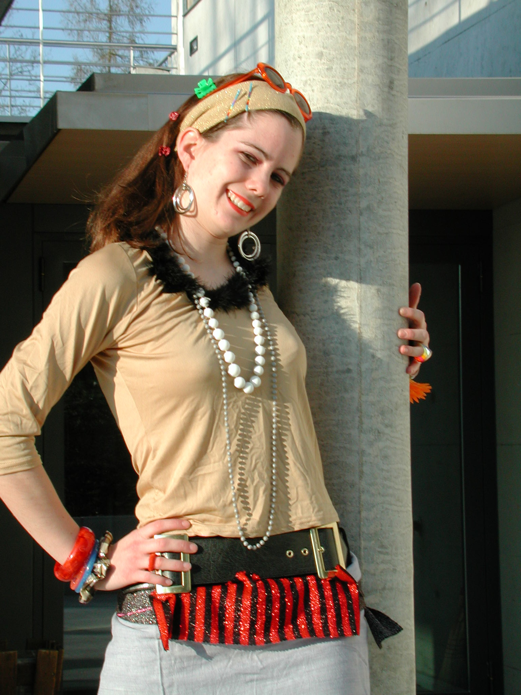 """Preview image for LOM object Sich (ver)kleiden nach japanischer """"Street-fashion"""""""