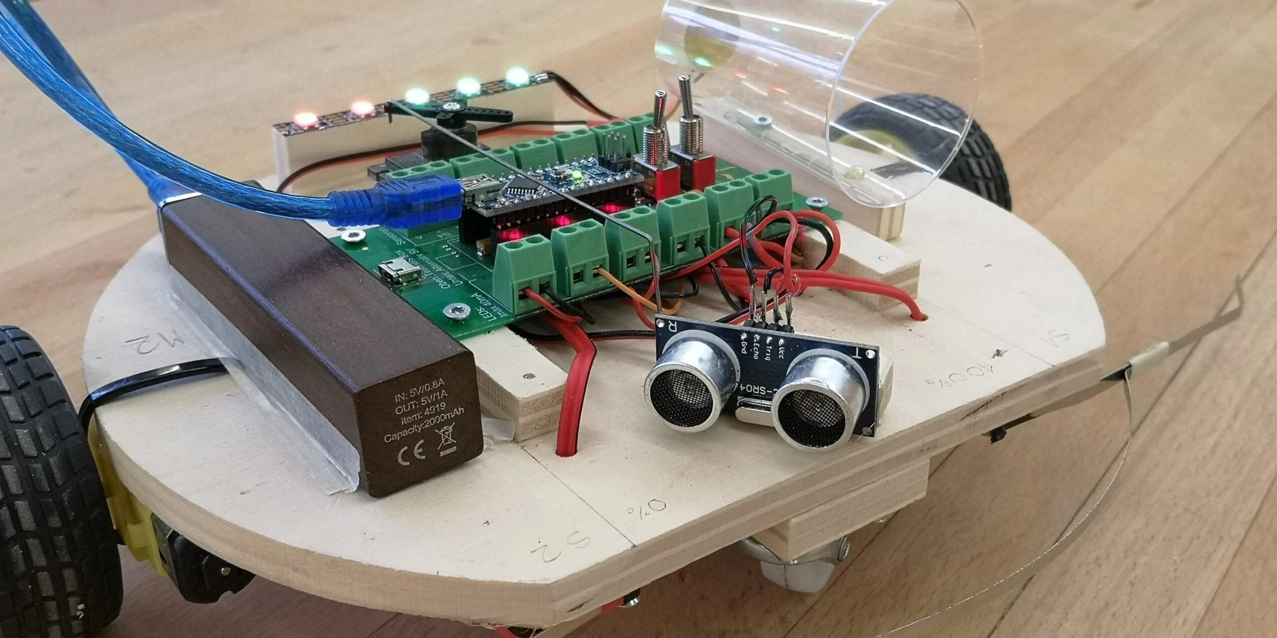 Preview image for LOM object Arduino Experimente mit dem Ultraschallsensor - vom einfachen Distanzmesser zum intelligenten Fahrzeug
