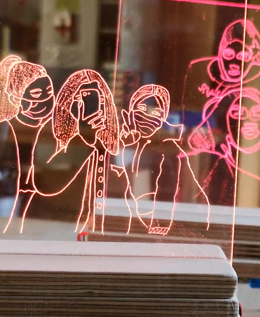 Preview image for LOM object Arduino Projekt - Plexiglas mit Gravur und musikgesteuerten LEDs