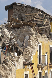 Preview image for LOM object Die grössten Naturkatastrophen: Erdbeben (2/6)