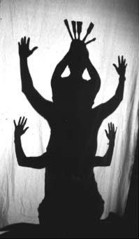 Preview image for LOM object Fabelwesen, mit dem eigenen Körper oder mit Gegenständen Schattenspiele entstehen lassen