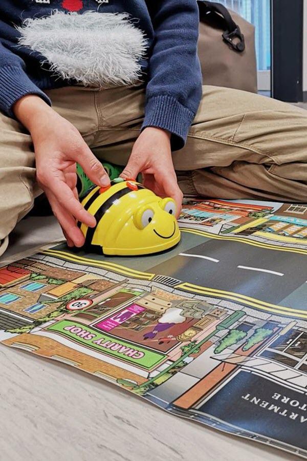 Preview image for LOM object Wie können Roboter im Alltag unterstützen?